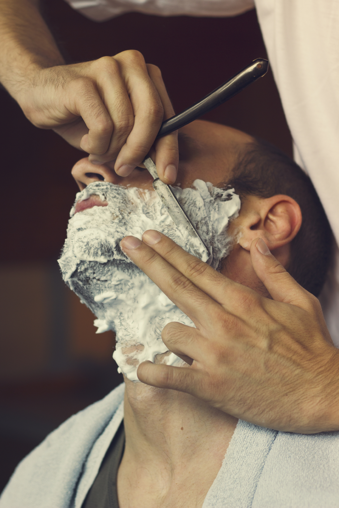 How To Straight Razor Shave | The Luxury Barber Blog